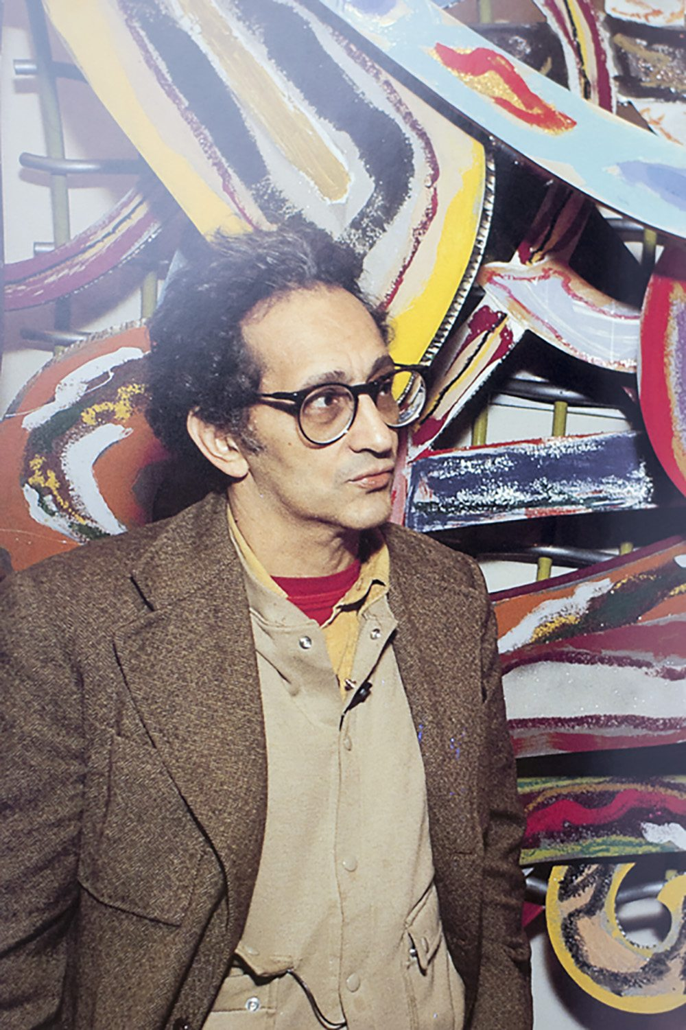 Frank Stella: An Illustrated Biography.