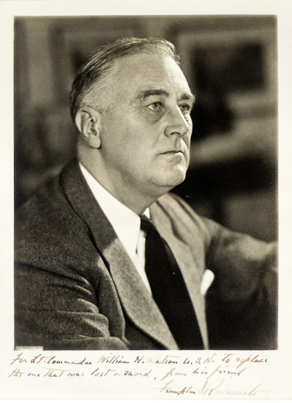 franklin d roosevelt essays Franklin delano roosevelt franklin d roosevelt, commonly known as fdr, was the 32nd president of the united states he helped the united states in a time.