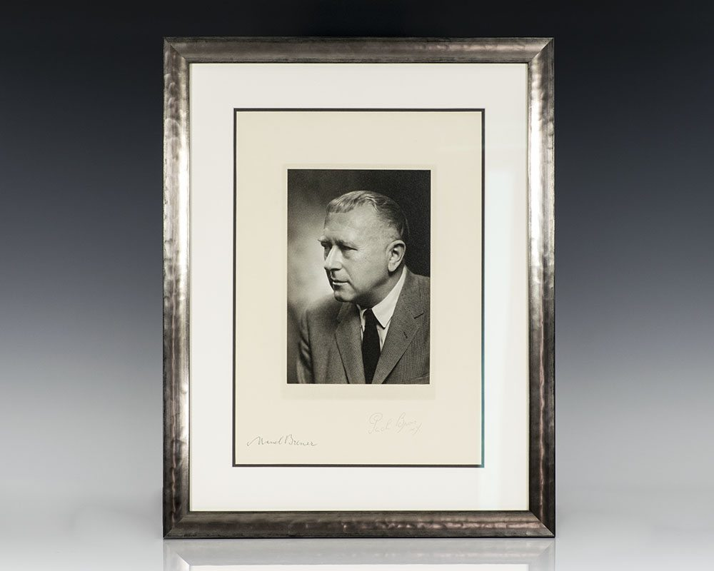 Marcel Breuer Signed Photograph.