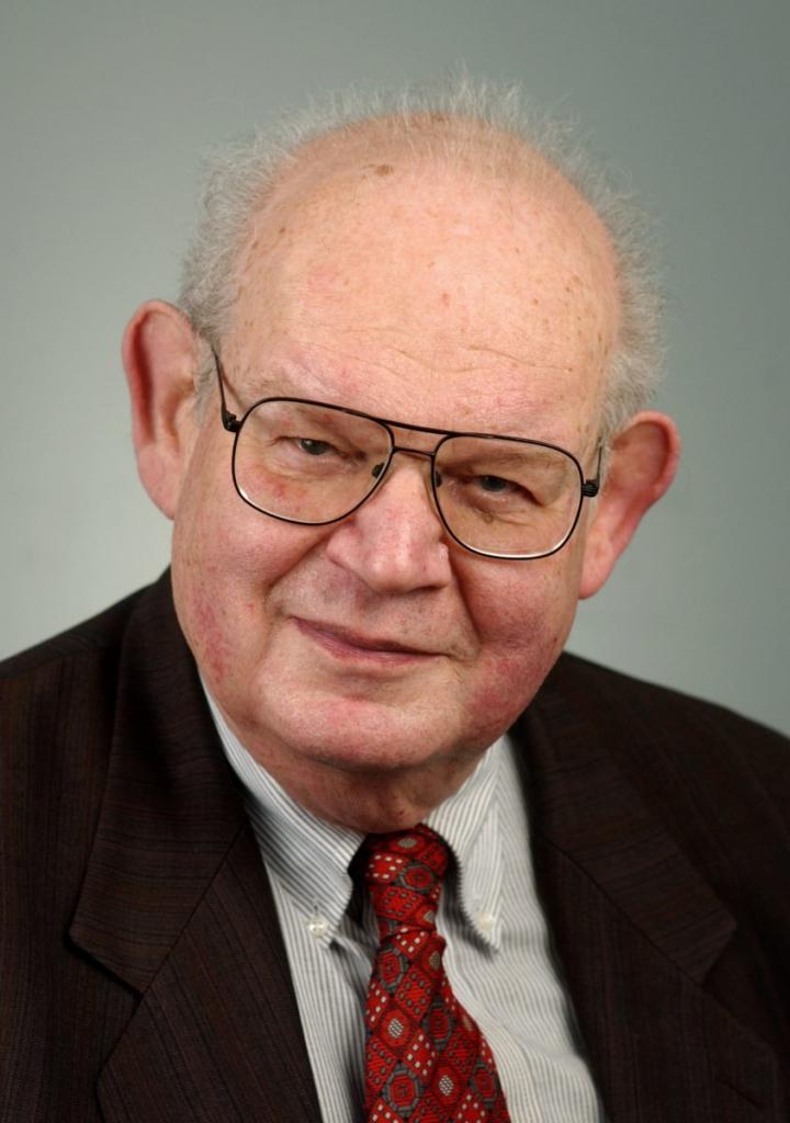 Benoit B. Mandelbrot Rare Books