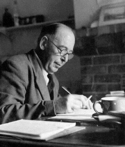 the life and literature of cs lewis See also, c s lewis criticism and volumes 3 and 6 the prolific author of persuasive religious polemics, allegorical fiction, and literary criticism, c s lewis is considered among the most brilliant and influential christian writers of the twentieth century.